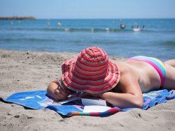 , Czy można opalać sutki piersiowe na plaży lub w solarium?, Naturalna Płodność