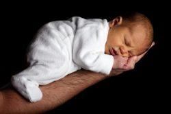 Zagrożenia dla dzieci urodzonych po terminie